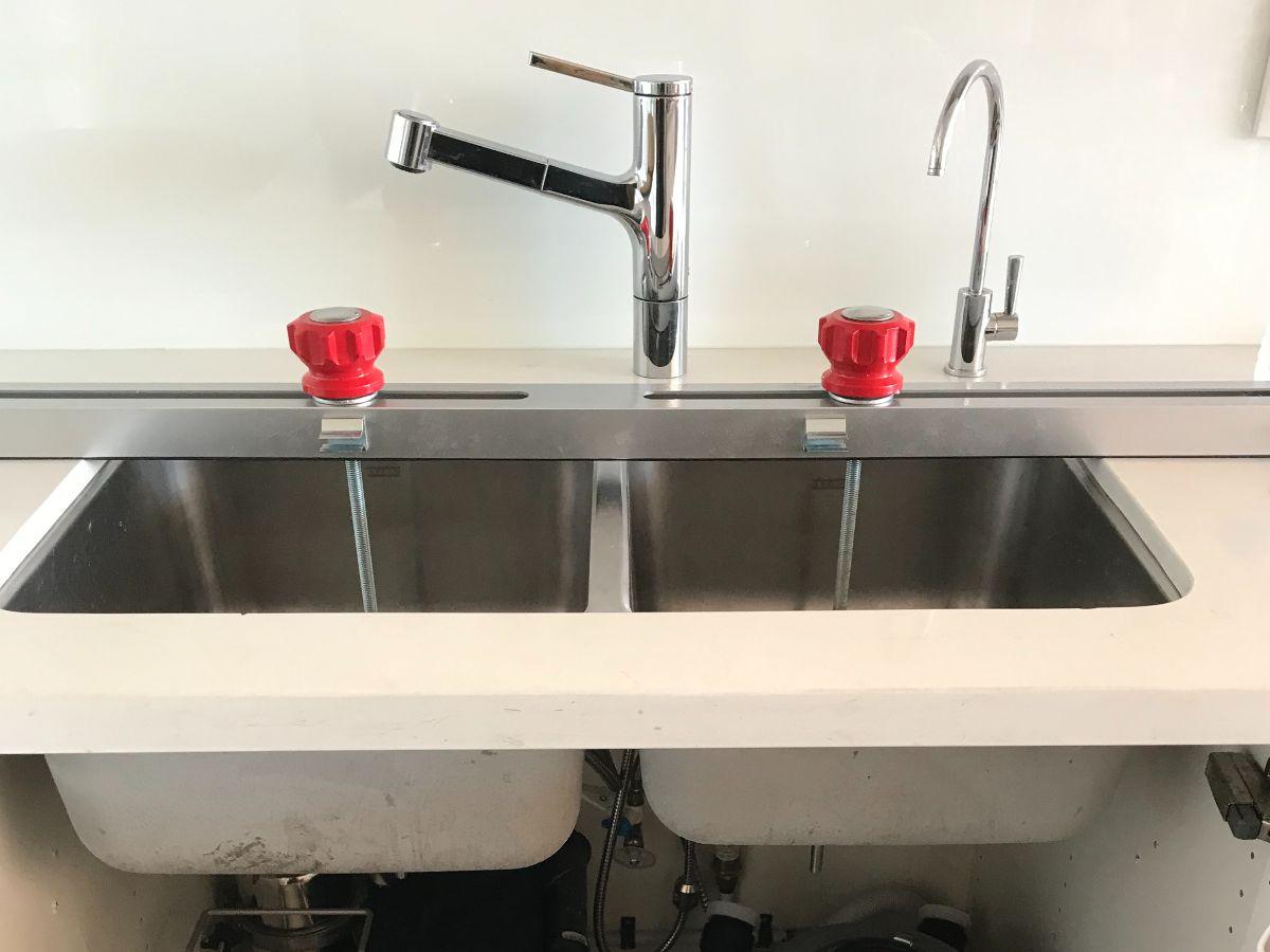 https://linkplumbing.ca/wp-content/uploads/2020/10/plumbing-service-burnaby-4.jpg
