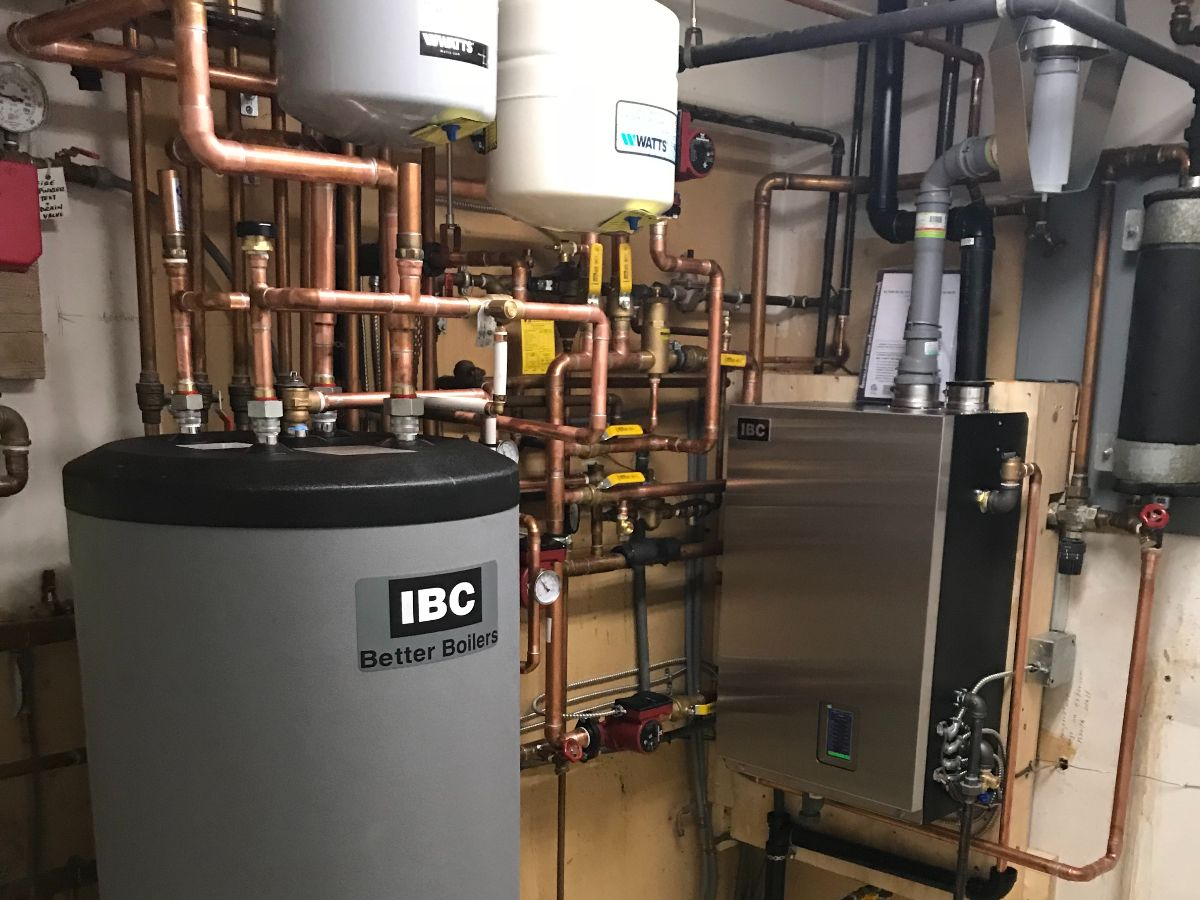 https://linkplumbing.ca/wp-content/uploads/2020/11/boiler-services-burnaby.jpg