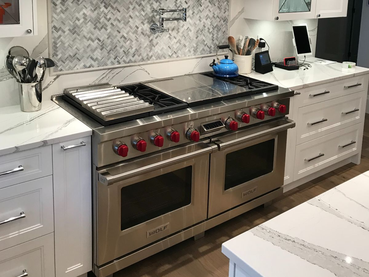 https://linkplumbing.ca/wp-content/uploads/2020/11/gas-appliace-hook-up-burnaby.jpg